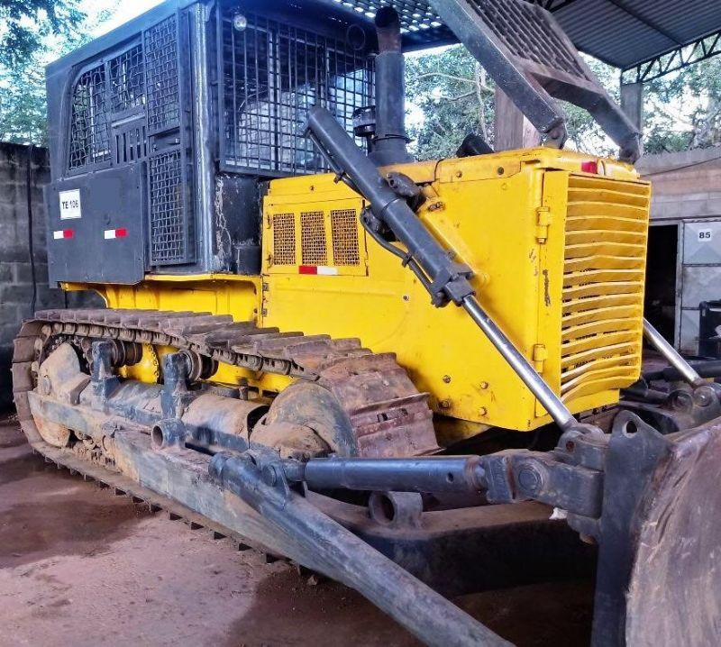 Trator EsteiraKOMATSUD60 - 18C412