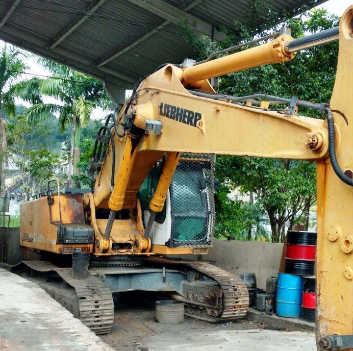 EscavadeiraLIEBHERR954 - 18D146