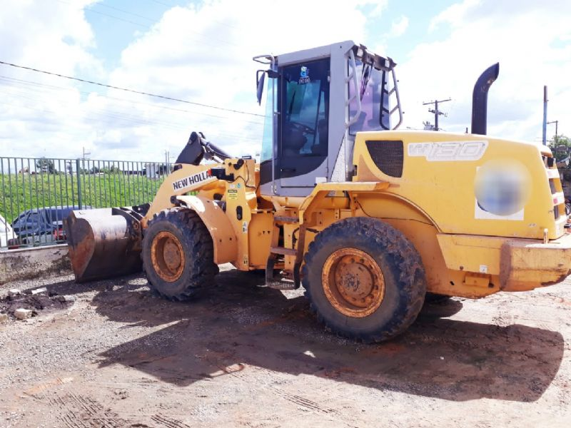 Carregadeira Pneu NEW HOLLAND W130 - 18D412