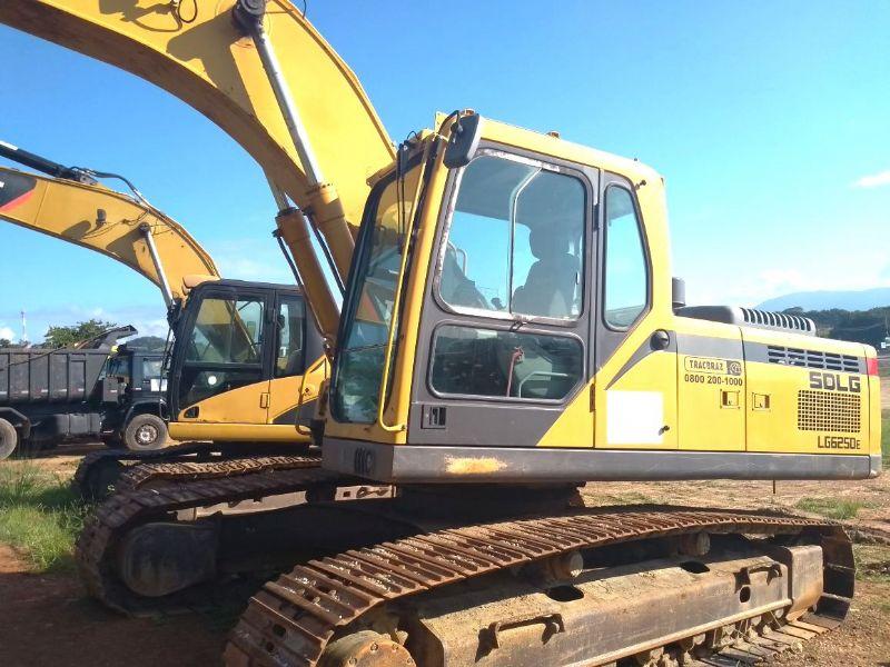 EscavadeiraSDLGLG6250E - 18D426