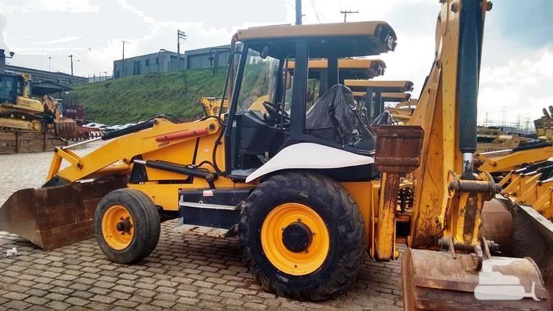 Retro EscavadeiraJCB3C - 18E106