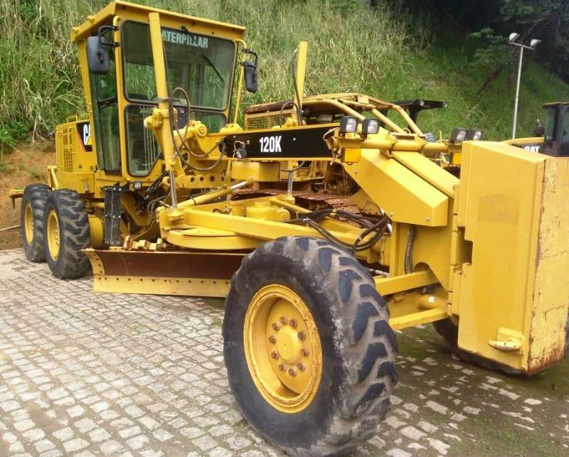 Motoniveladora CATERPILLAR 120K - 18F209