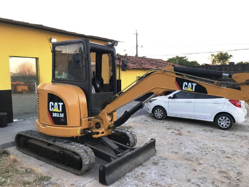 Mini Escavadeira CATERPILLAR 303.5 - 18I103