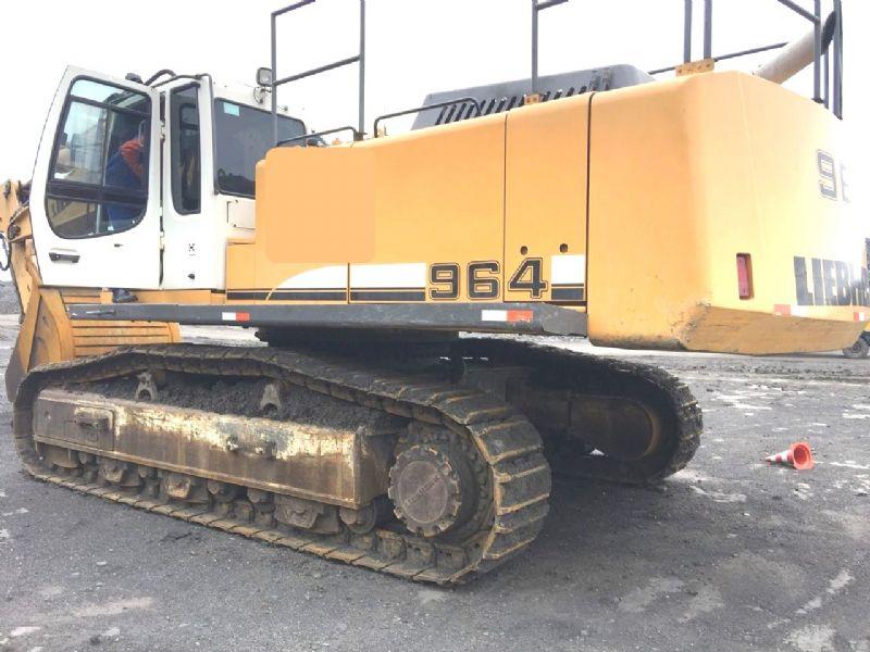 EscavadeiraLIEBHERR964 - 18J203