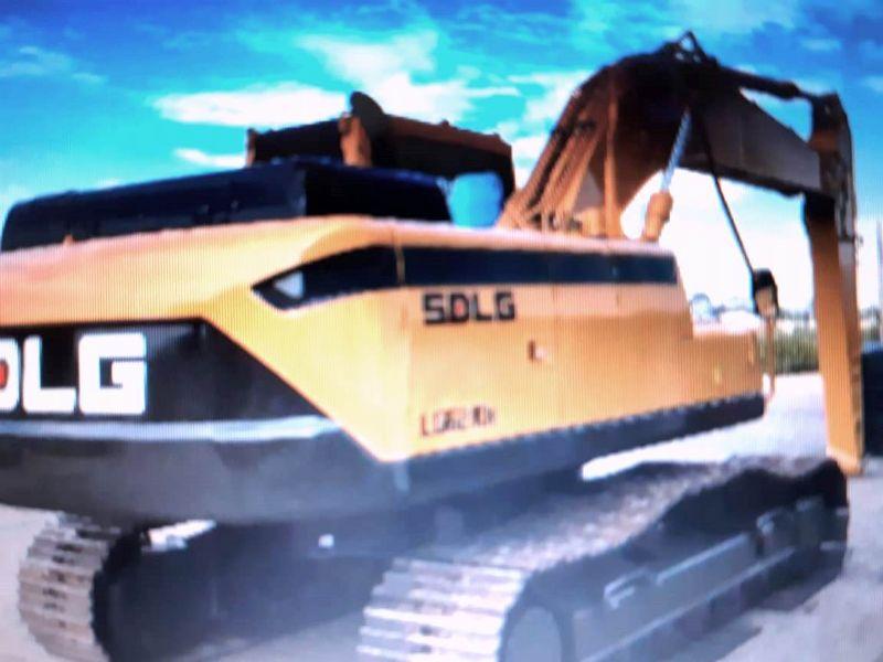 EscavadeiraSDLGLG6210 - 18J207