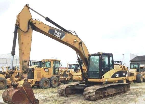 EscavadeiraCATERPILLAR320D - 18J304
