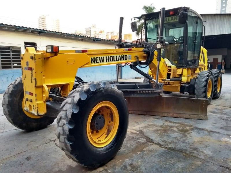 Motoniveladora NEW HOLLAND RG170 - 18J404
