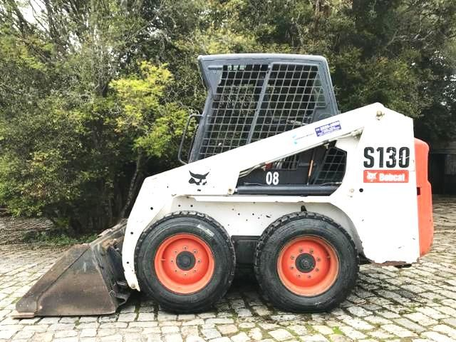 Mini Carregadeira BOB CAT S130 - 18J413