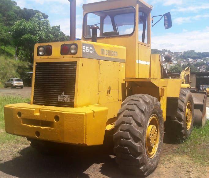 Carregadeira PneuMICHIGAN55C - 18K419