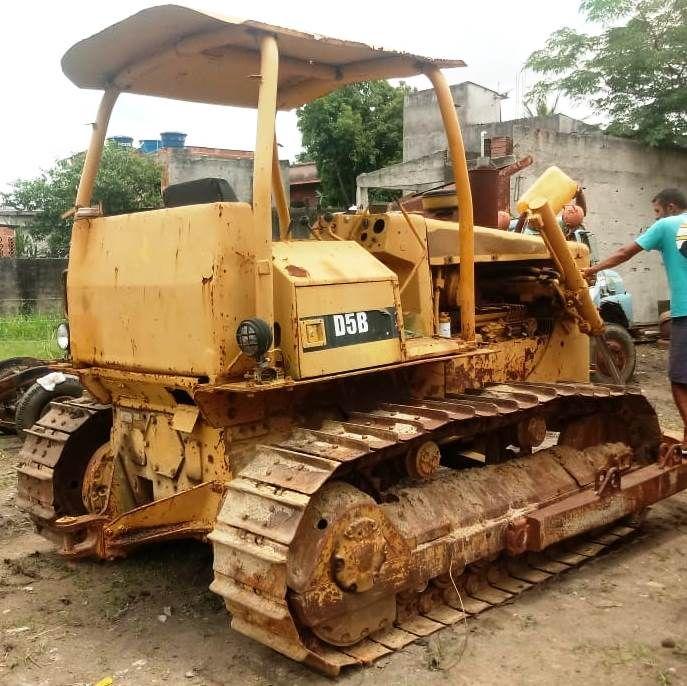 Trator EsteiraCATERPILLARD5B - 18K510