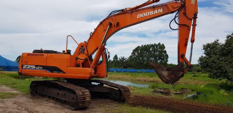EscavadeiraDOOSANDX225 - 18L210