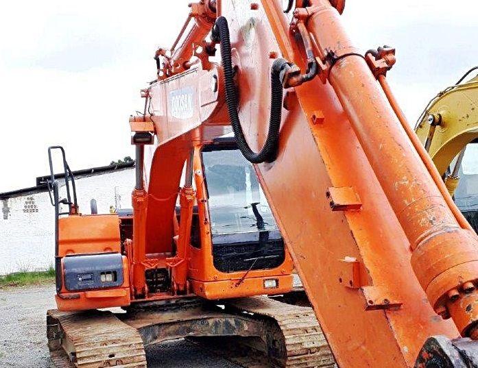 EscavadeiraDOOSANDX138 - 18L409
