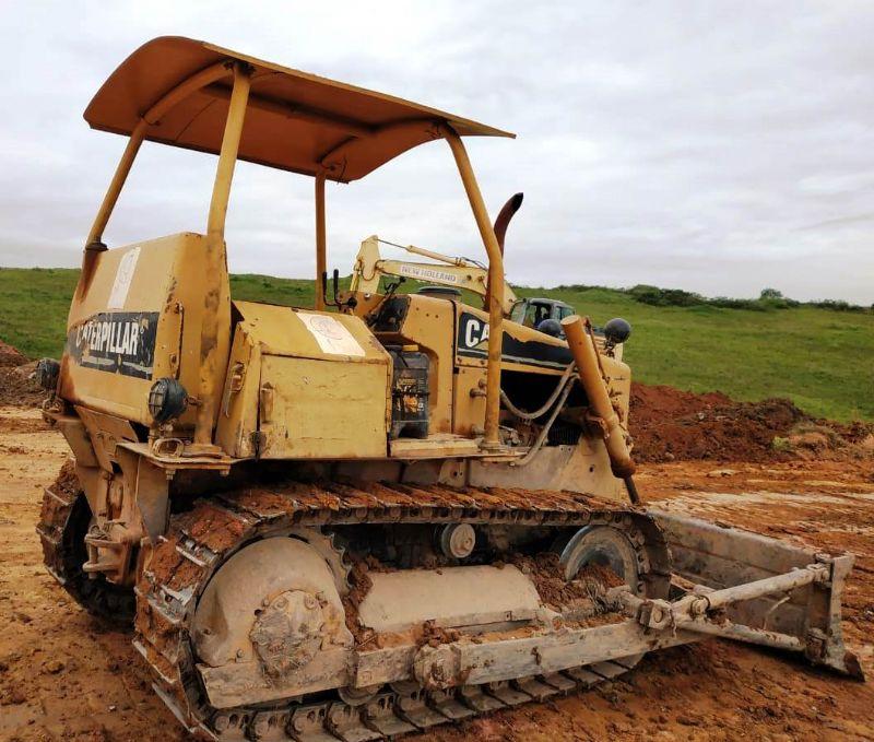 Trator EsteiraCATERPILLARD4EDD - 19A209