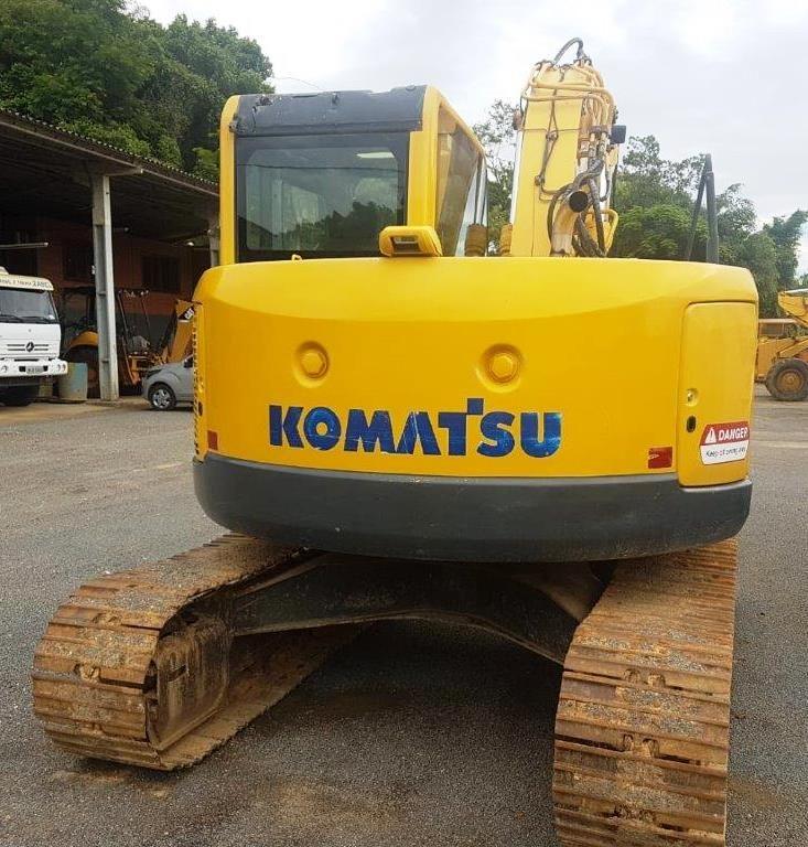 EscavadeiraKOMATSUPC138 - 19A516