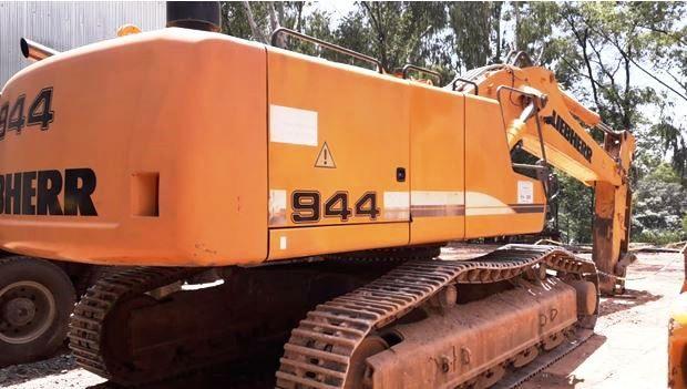 EscavadeiraLIEBHERR944C - 19B126