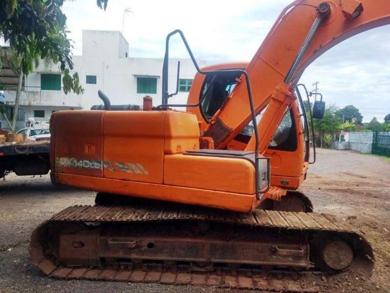 EscavadeiraDOOSANDX140 - 19B221