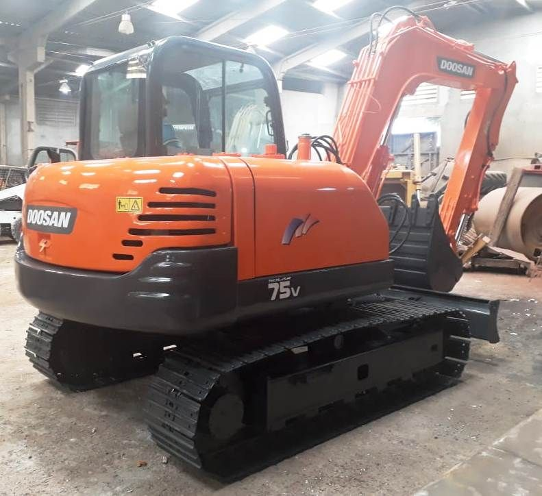 Mini Escavadeira DOOSAN S75 - 19C213
