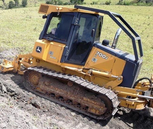 Trator EsteiraJOHN DEERE700J - 19C311