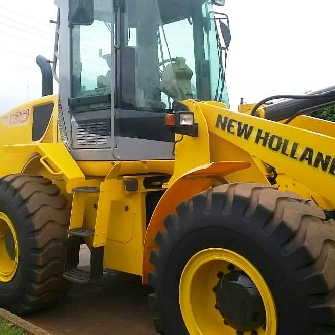 Carregadeira Pneu NEW HOLLAND W130 - 19C312