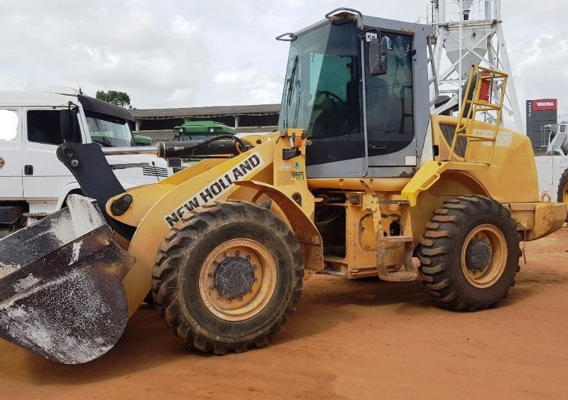 Carregadeira Pneu NEW HOLLAND W130 - 19D414