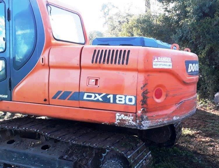 EscavadeiraDOOSANDX180 - 19E210