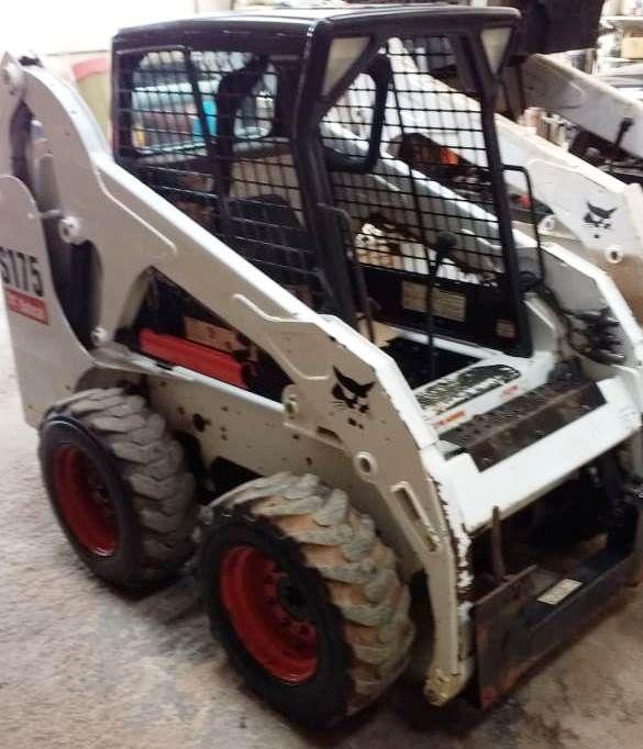 Mini CarregadeiraBOB CATS175 - 19F410