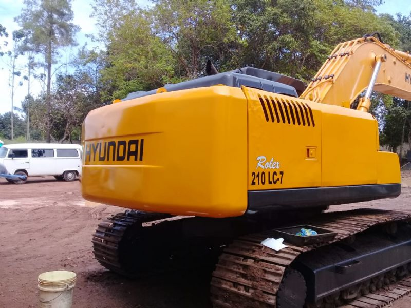EscavadeiraHYUNDAIR210 - 19G122