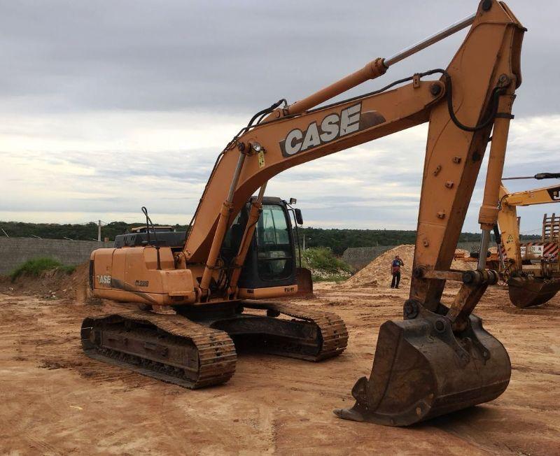 EscavadeiraCASECX220 - 19H402