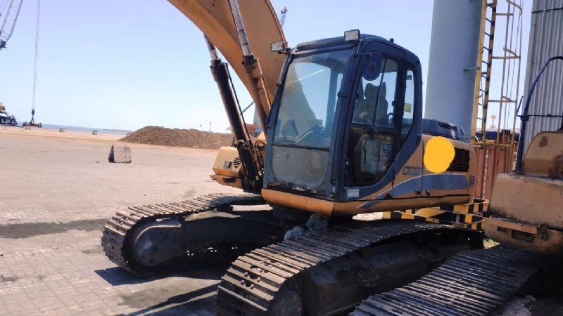 EscavadeiraCASECX220 - 19J520