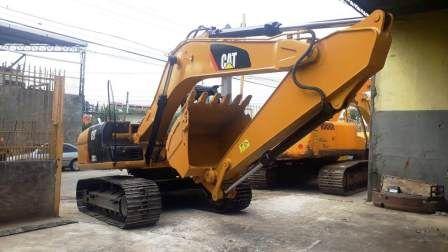 EscavadeiraCATERPILLAR315C - 19L320