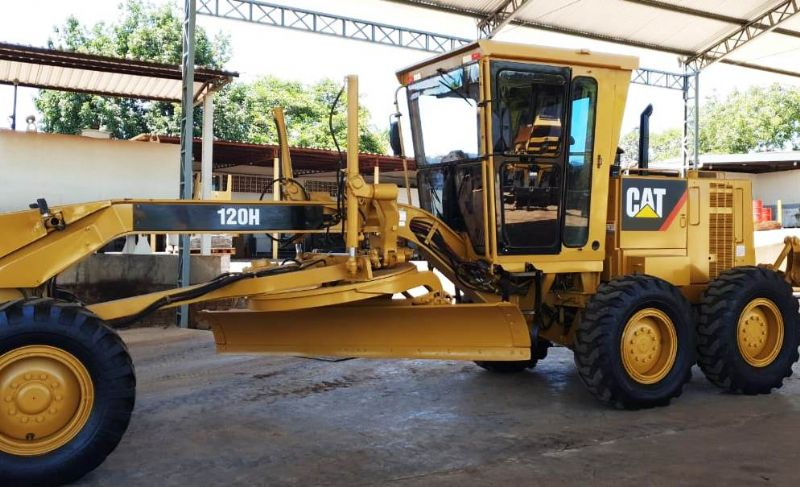 Motoniveladora CATERPILLAR 120H - 20B408
