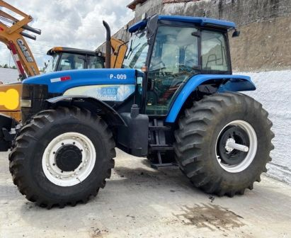 Trator Pneu NEW HOLLAND TM7010 - 20C411