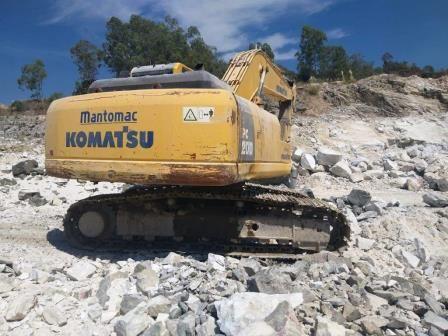 EscavadeiraKOMATSUPC200 - 20D213