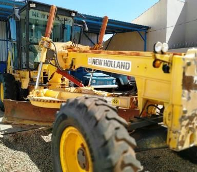 Motoniveladora NEW HOLLAND RG140 - 20G411