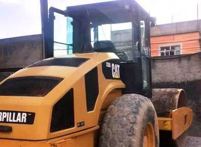 Rolo Compactador CATERPILLAR CS56 - 21A418