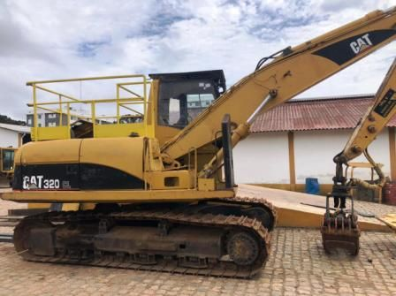 Escavadeira CATERPILLAR 320C - 21A510