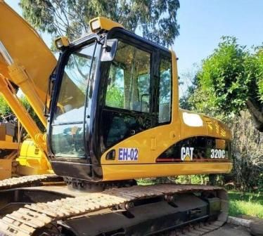 Escavadeira CATERPILLAR 320C - 21C218