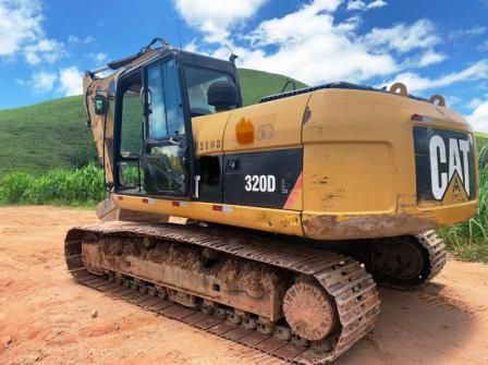 Escavadeira CATERPILLAR 320D - 21E207